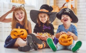 Kids with jack-o-lanterns